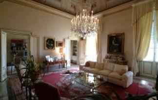 Sale  Apartment in  Firenze  lungarni