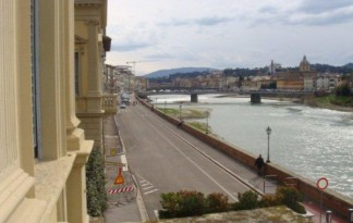 Sale  Prestigious  Property in  Firenze  lungarni