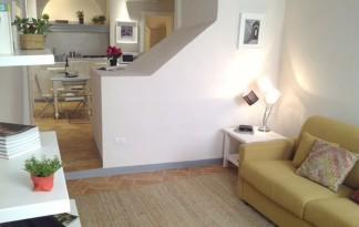Vendita  Appartamento in  Firenze  piazza della passera