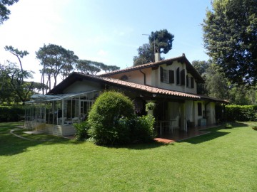 Villa  Vendita Pietrasanta - Marina Di Pietrasanta