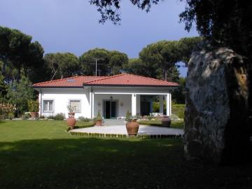 VILLA VENDITA Pietrasanta Marina Di Pietrasanta