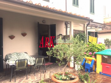 TERRATETTO VENDITA Prato Montegrappa