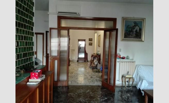 APPARTAMENTO in VENDITA a FIRENZE - CAMPO DI MARTE / CURE / COVERCIANO