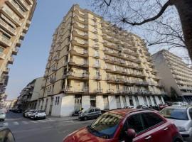 Appartamento  Vendita Torino - Cenisia