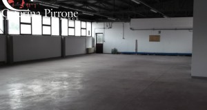 FIRENZE - CENTRO OLTRARNO / S. SPIRITO / S.FREDIANO Oltrarno CAPANNONE AFFITTO