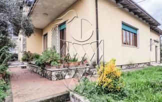 Casa Indipendente  Vendita  Castelnuovo Magra