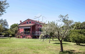 Casa Indipendente  Vendita  Sarzana - Generica