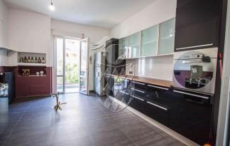 Appartamento  Vendita  Carrara - Marina Di Carrara