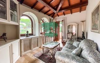 Villa  Vendita  Massa - Ronchi