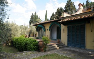 Sale  Villa in  Firenze  san domenico