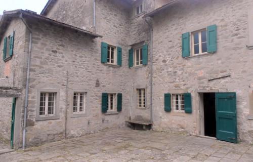 cerca Castel San Niccolo'  VILLA VENDITA