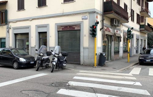 cerca Firenze Porta A Prato / San Iacopino / Statuto / Fortezza FONDO COMMERCIALE AFFITTO
