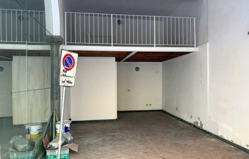 cerca Firenze Centro Oltrarno / S. Spirito / S.frediano GARAGE VENDITA
