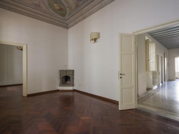 Vendita  Appartamento in  Firenze  Corso Italia