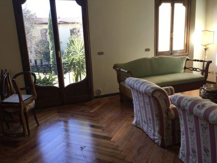 Vendita  Appartamento in  Firenze  Donatello