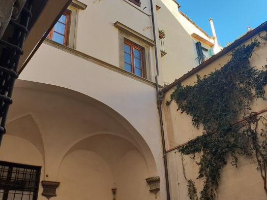 Affitto  Appartamento in  Firenze  Albizi