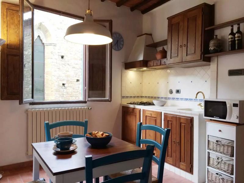 Affitto  Appartamento in  Firenze  Santa Croce