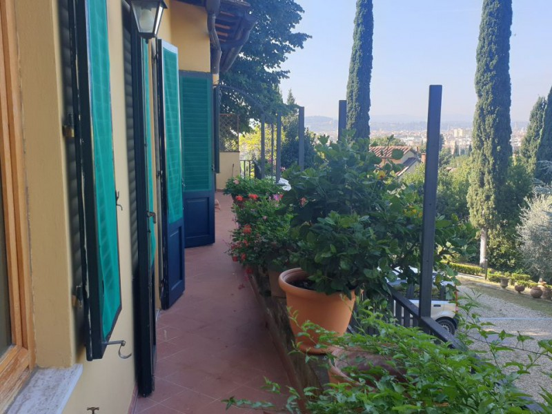 Sale  Semi-independent House in  Firenze  poggio gherardo