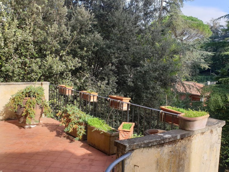 Vendita  Appartamento in  Firenze  Tacca