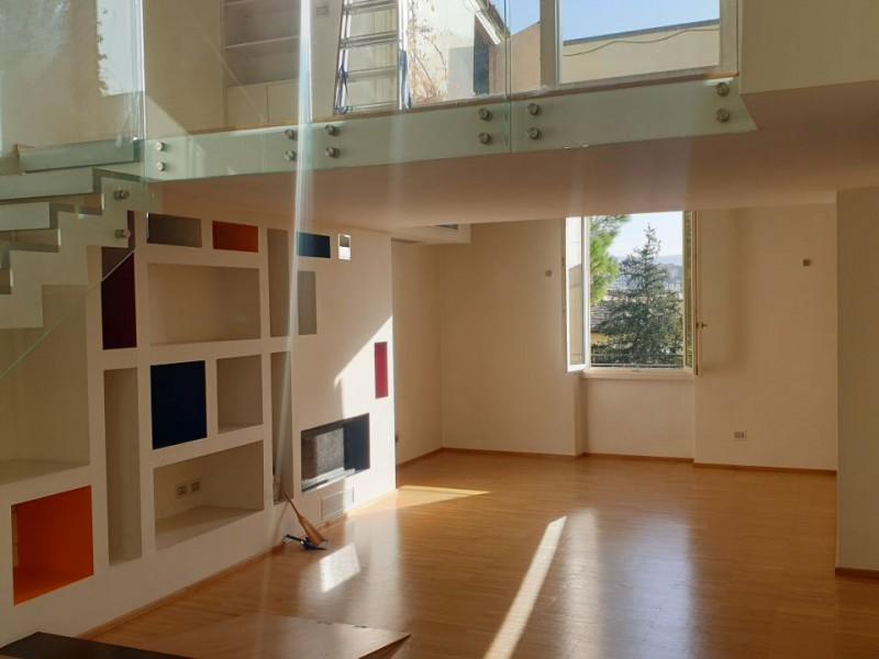 Vendita  Appartamento in  Firenze  Parterre