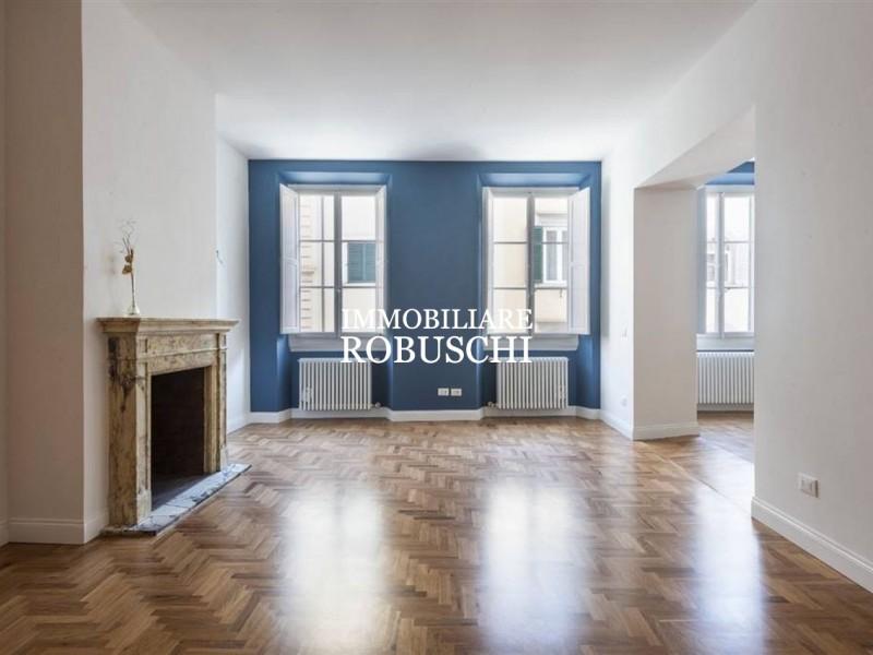 Vendita  Appartamento in  Firenze  piazza indipendenza