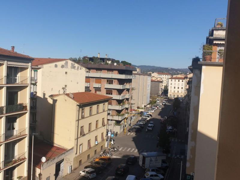 Affitto  Appartamento in  Firenze  Bellariva