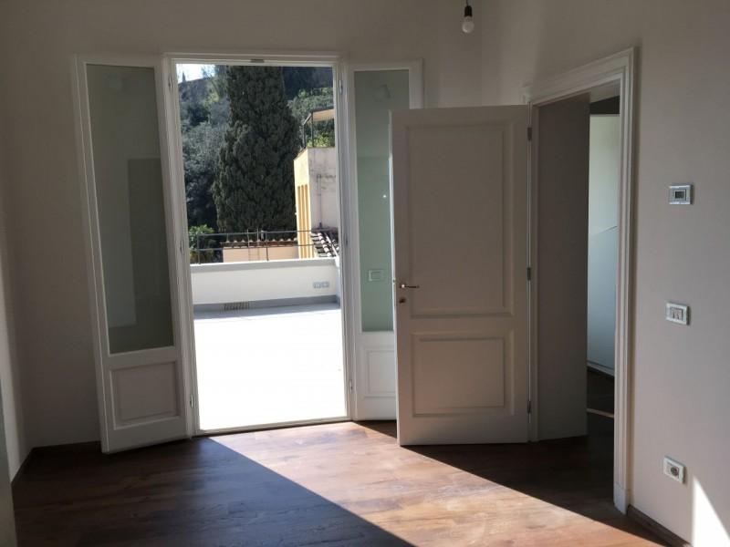 Sale  Penthouse in  Firenze  San  Niccolo'