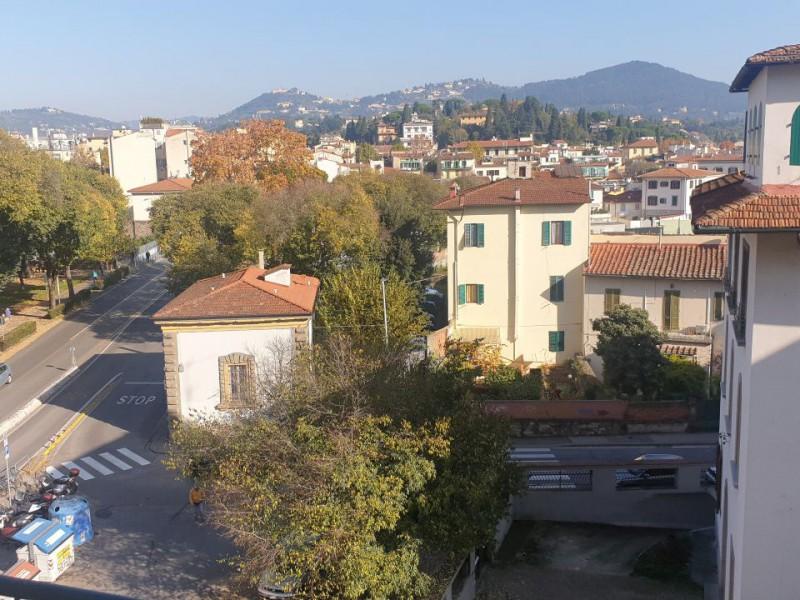 Vendita  Appartamento in  Firenze  Castagno