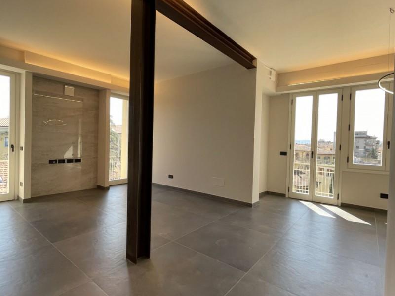 Affitto  Appartamento in  Firenze  Campo di Marte