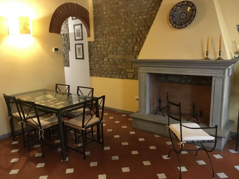 Affitto  Appartamento in  Firenze  Santo Spirito