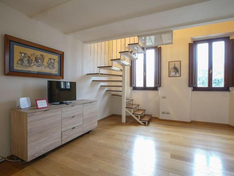 Vendita  Appartamento in  Firenze  Indipendenza