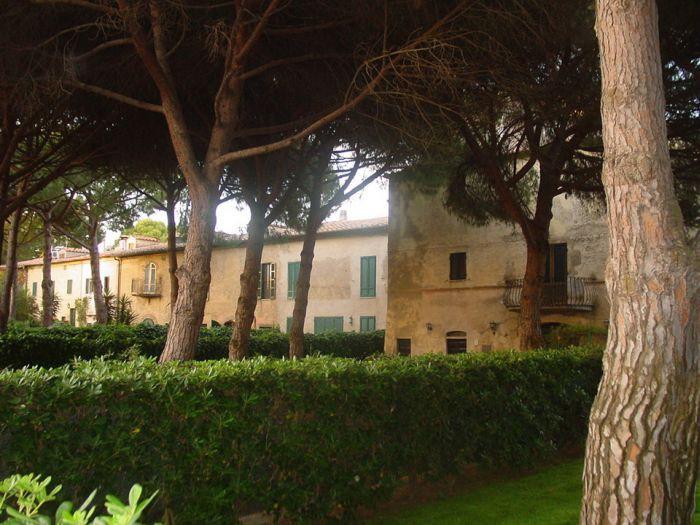 Sale  Terraced House in  Orbetello
