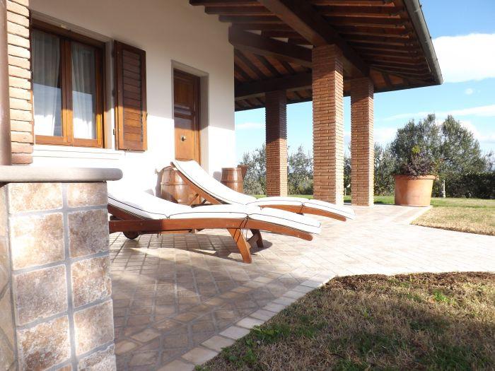 Vendita  Villa in  Lastra A Signa