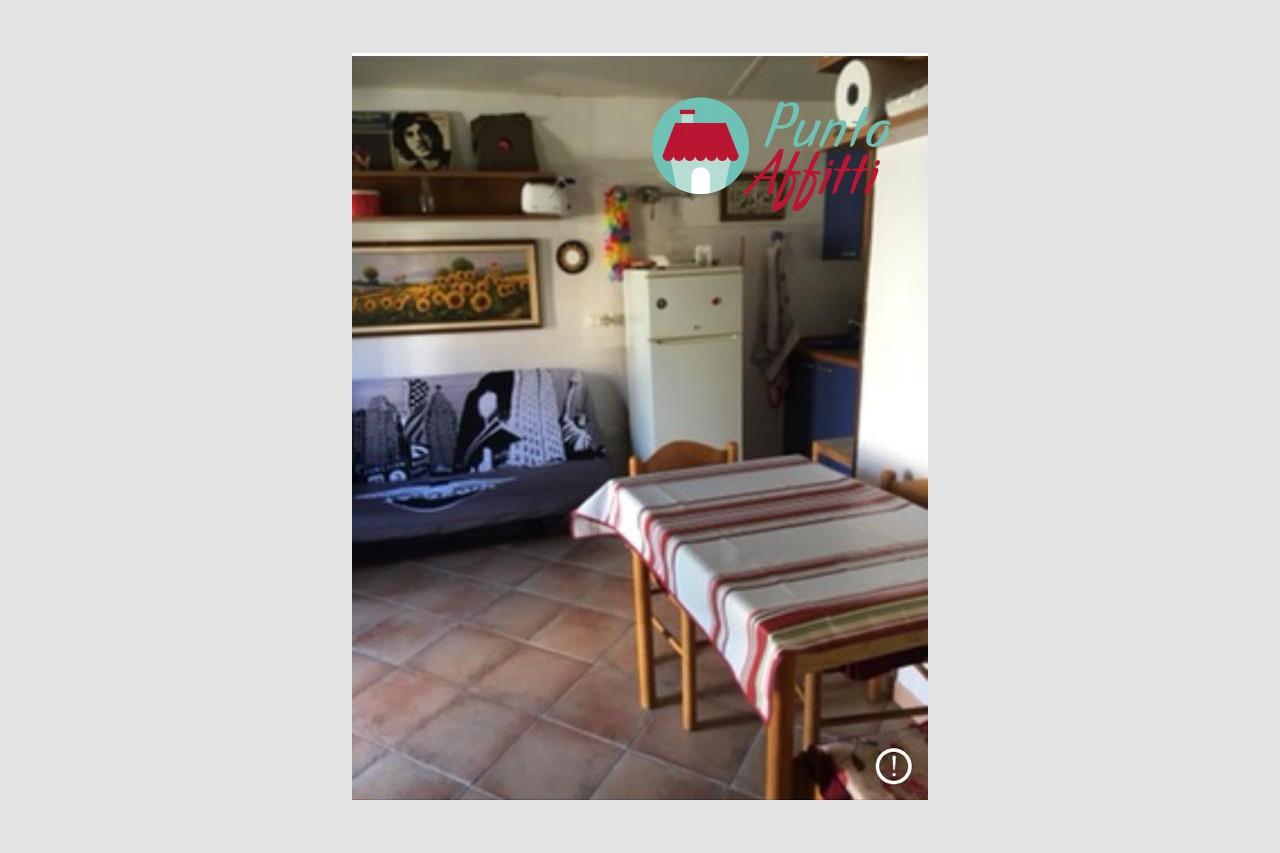 aa_MONOLOCALE in AFFITTO a VIAREGGIO - TORRE DEL LAGO