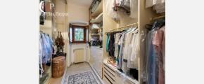 542 Caterina Pirrone immobiliare