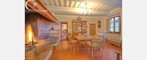 372 Caterina Pirrone immobiliare
