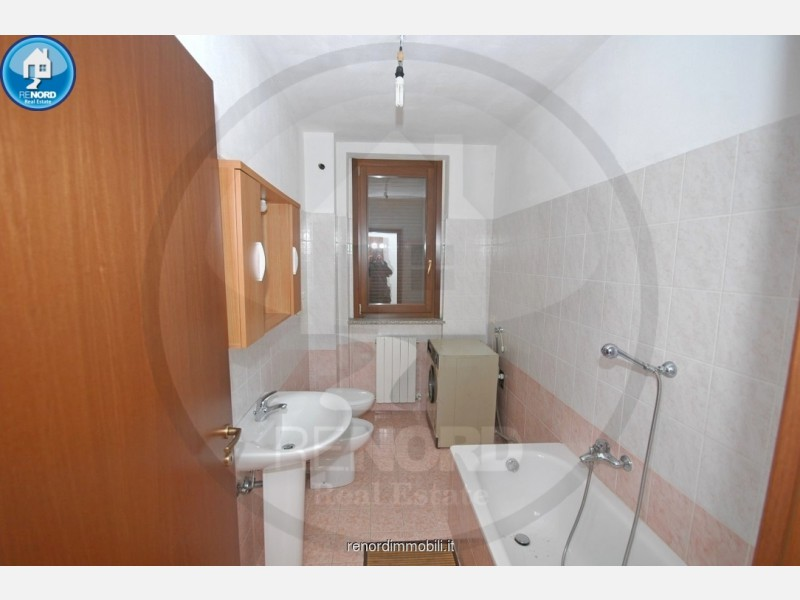 MONOLOCALE in VENDITA a TORRE D'ARESE