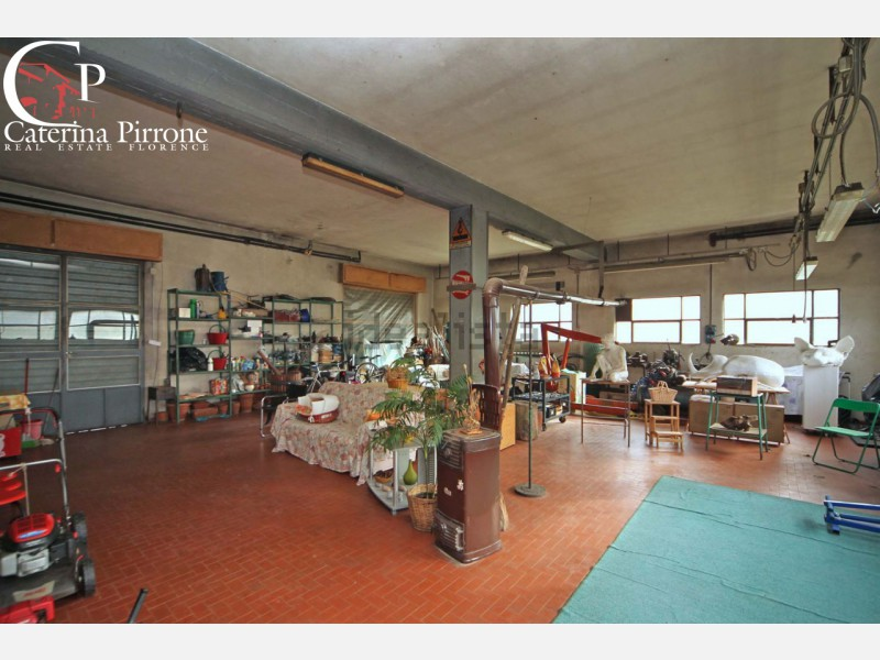 Pelago, Diacceto vendesi laboratorio con giardino