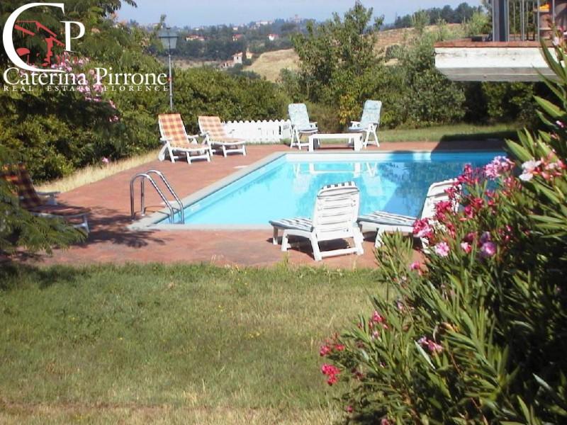 Bagno a Ripoli  vendesi villa e colonica con piscina