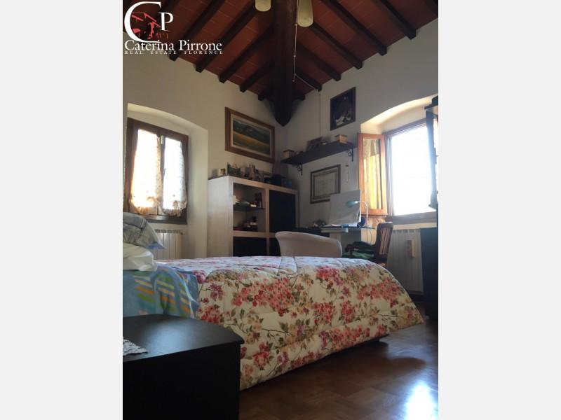 Bombone - Rignano Sull'Arno vendesi terratetto con giardino