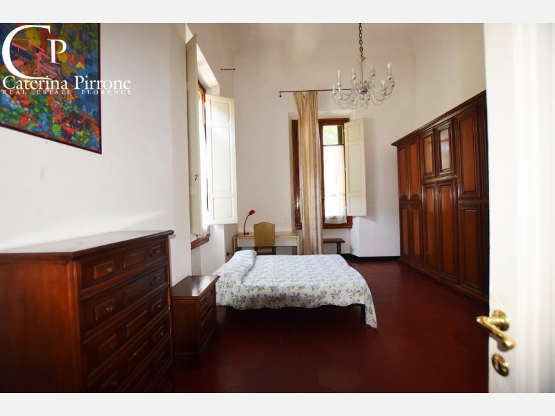 Firenze Fortezza vendesi appartamento frazionabile