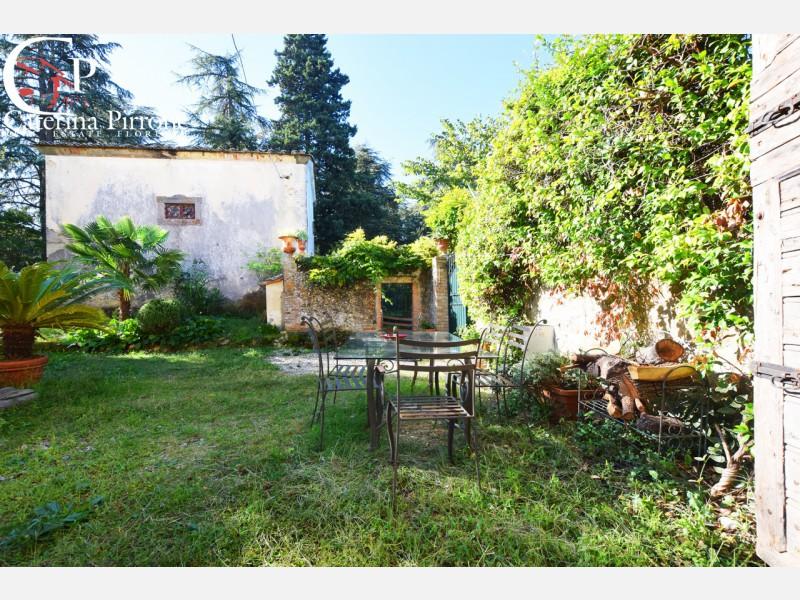Tavarnelle terratetto in villa antica