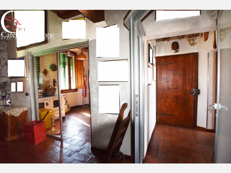 Calenzano vendesi appartamento con mansarda