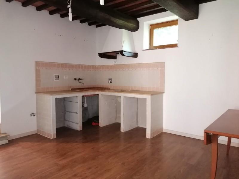 APPARTAMENTO INDIPENDENTE in VENDITA a CANTAGALLO