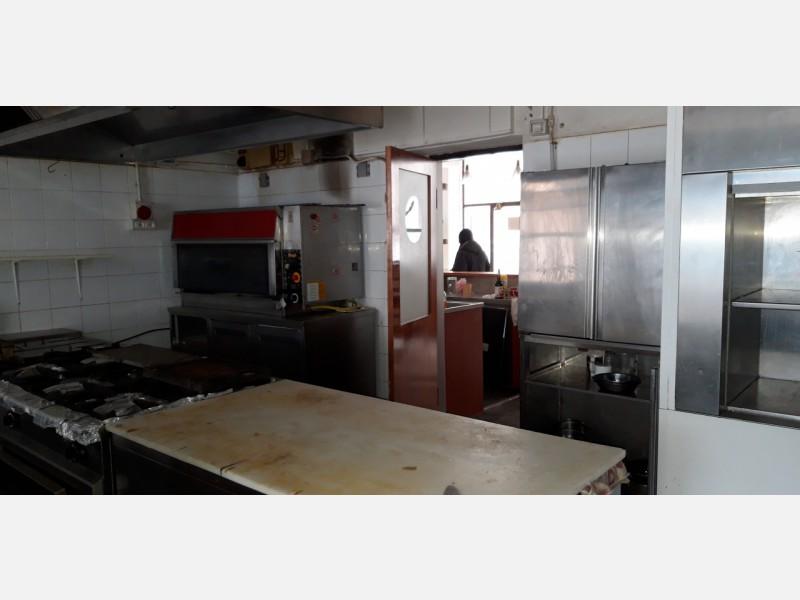 NEGOZIO in VENDITA a MONZA - SAN FRUTTUOSO/ TRIANTE/ SAN CARLO/ SAN GIUSEPPE