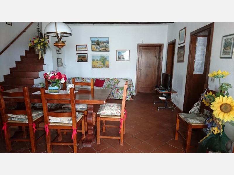 CASALE in VENDITA a GAVORRANO - GIUNCARICO