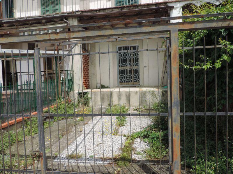 FONDO COMMERCIALE in AFFITTO a ROCCASTRADA - RIBOLLA
