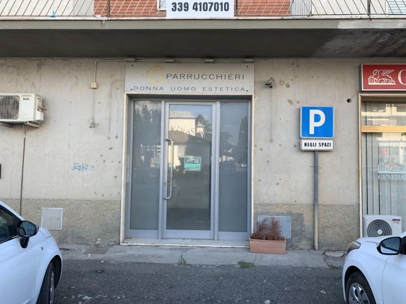 FONDO COMMERCIALE in VENDITA a ROCCASTRADA - RIBOLLA