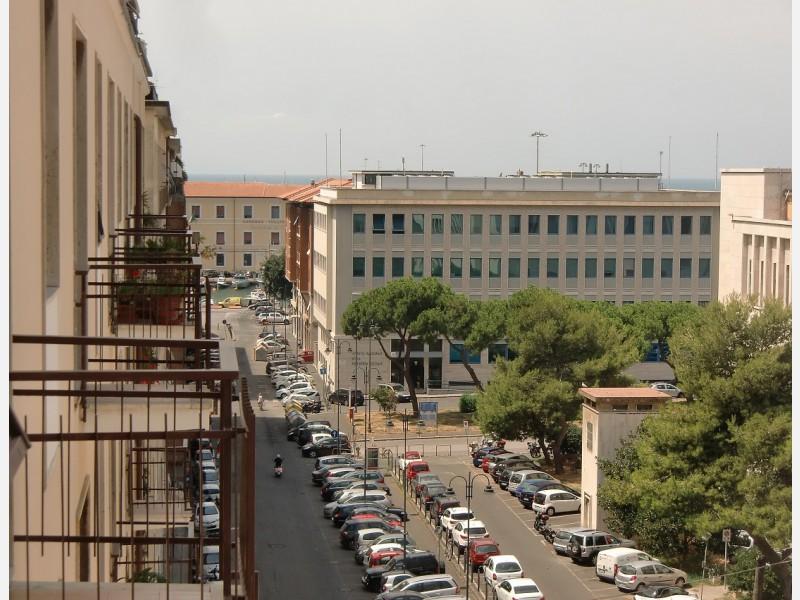 UFFICIO in VENDITA a LIVORNO - CENTRO