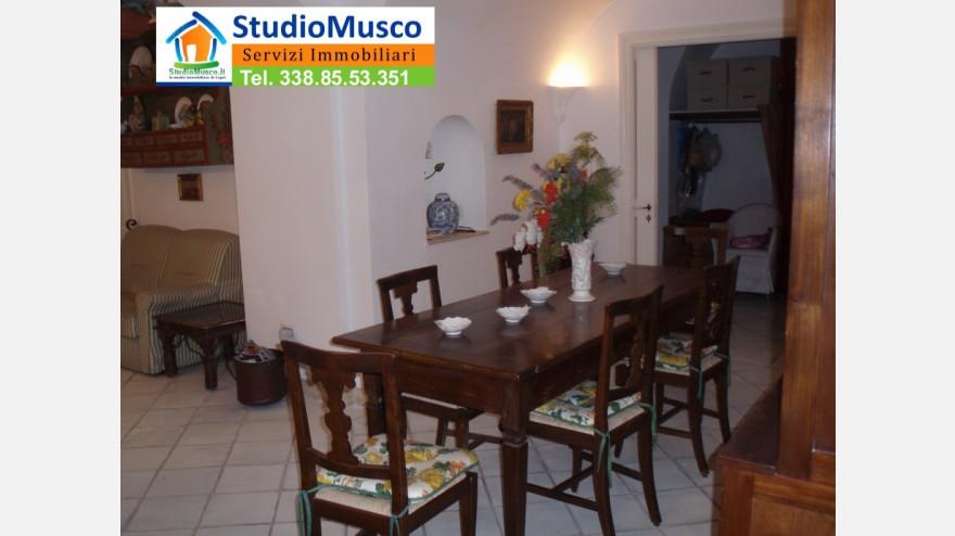 5STUDIO MUSCO